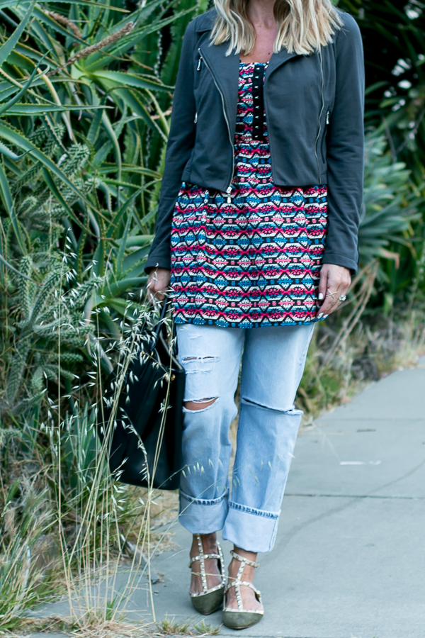 wear a print dress with vintage jeans
