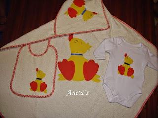 http://anetascamisetas.blogspot.com.es/2014/10/conjuntos-de-toallas-para-bebes-body.html