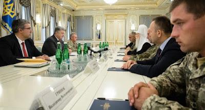 Порошенко подписал закон об амнистии военнослужащих