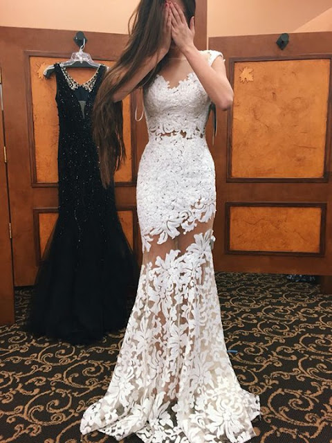 Vestido longo branco apliques