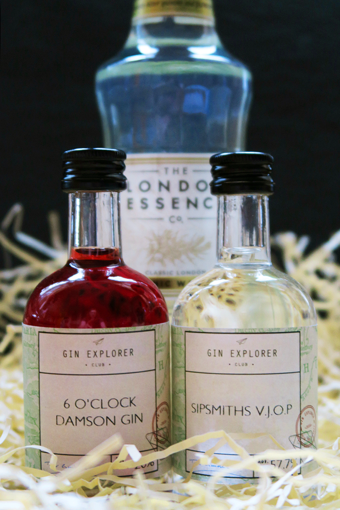 6 o'Clock Damson Gin and Sipsmiths V.J.O.P. in the The Gin Explorer Club January Box