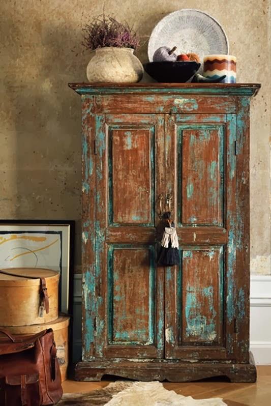Decoraci n f cil reciclar un viejo o antiguo ropero como - Como decorar mueble salon ...