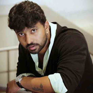 Adire Abhi (Jabardasth Comedian) Profile Biography Family Photos and Wiki and Biodata, Body Measurements, Age, Wife, Affairs and More...