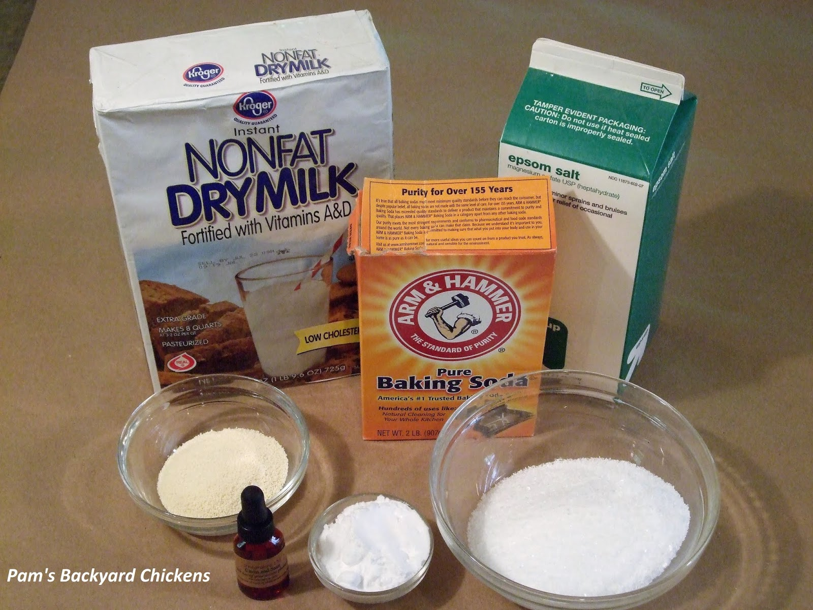Pam's Backyard Chickens: Homemade Bath Salts and Scrubs