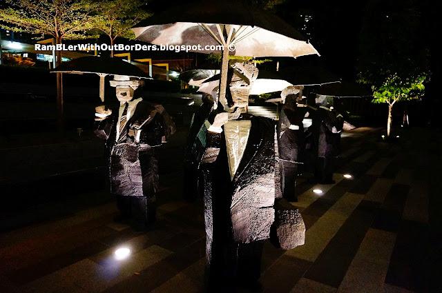Ju Ming sculpture, The Twelve Gentlemen, The Metropolis, Singapore
