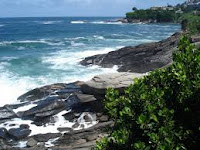 Contoh puisi 4 bait 4 baris tentang lingkungan alam