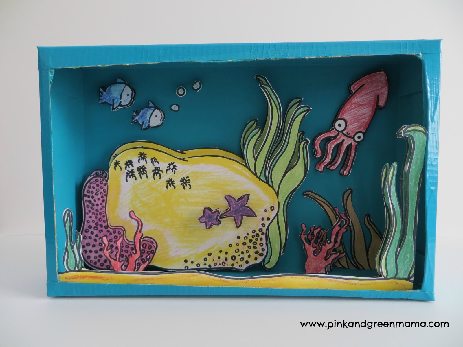 Kitchen Diorama Made Of Cereal Box: Pink And Green Mama: Inkjet Printer Craft: Display Kid's