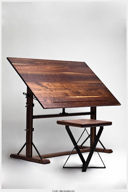 Top Photo of Small Drawing Table 2017