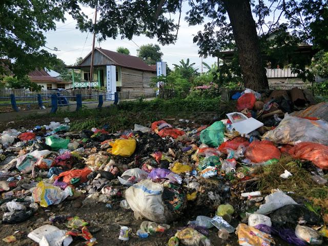 Kesadaran Masyarakat, Jadi Salah Satu Penyebab Sampah Berserakan Dalam Kota Kabupaten Bone
