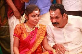 Vaikom-vijayalakshmi-engagement-photo4