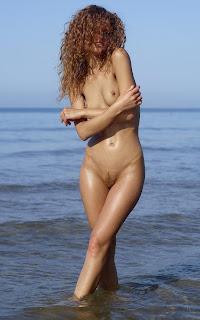 Ordinary Women Nude - Julia%2BYaroshenko-S01-014.jpg