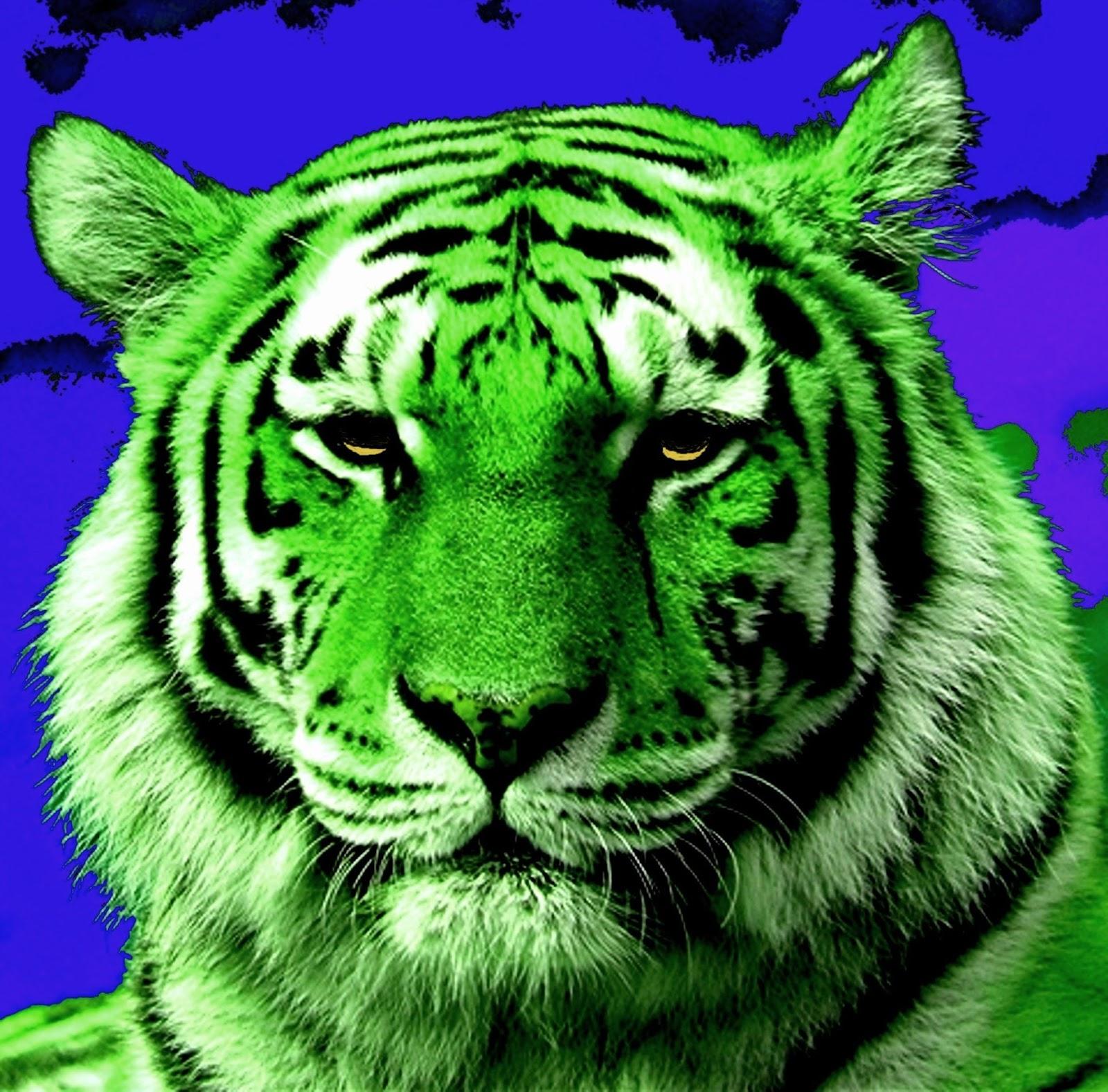 Green tiger eyes - photo#46