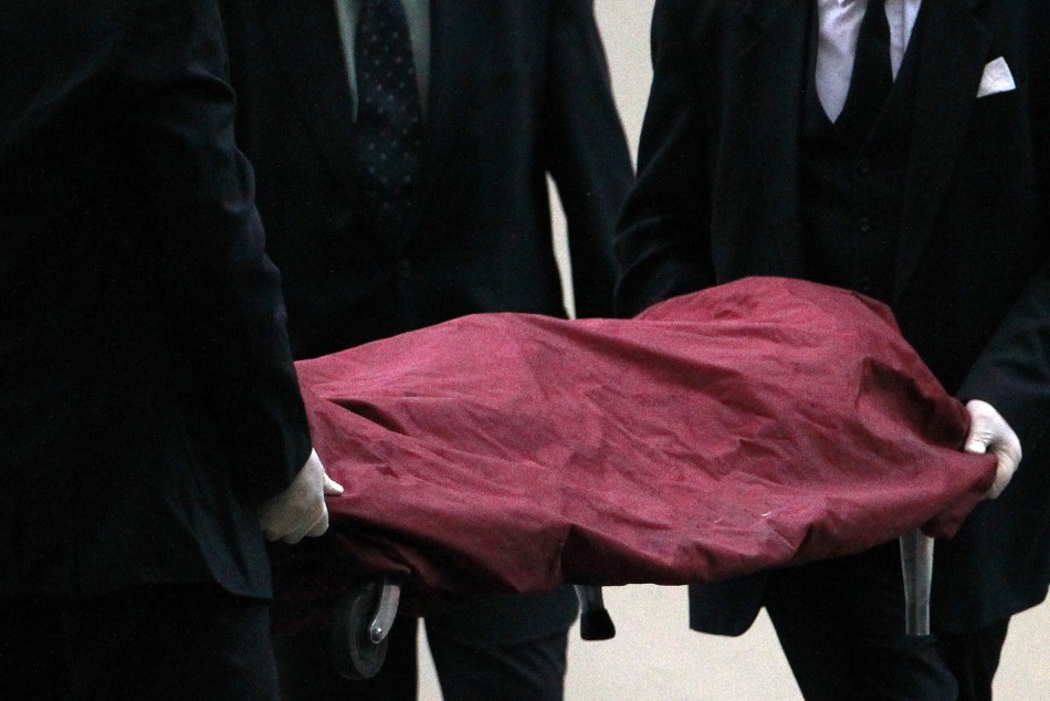 Randu Boto: Amy Winehouse Autopsy