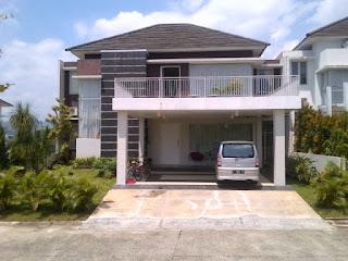 Rp.4.500.000.000 Dijual Rumah Furnis Depan Taman Di Cluster Depan R21 Sentul City (Code:150)