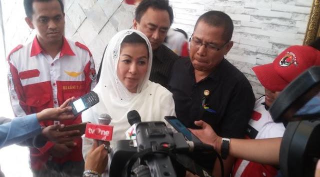 "Hasnaeni si ""Wanita Emas"" Menyiapkan 700 pengacara Bela Warga Pasar Ikan"