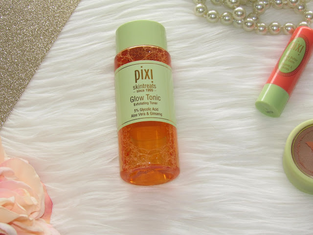 Do you have dull, acne prone skin? See the benefits of Pixi's Glow Tonic Toner...some call it a miracle-working toner! | beautywithlily.com