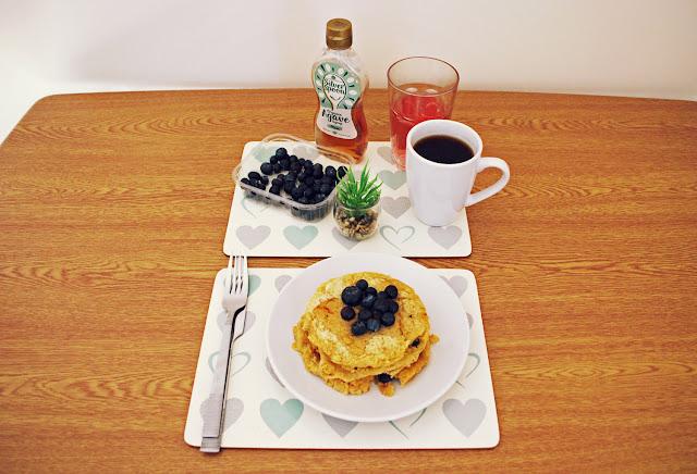 Blueberry garbanzo-oat pancakes - vegan gluten-free