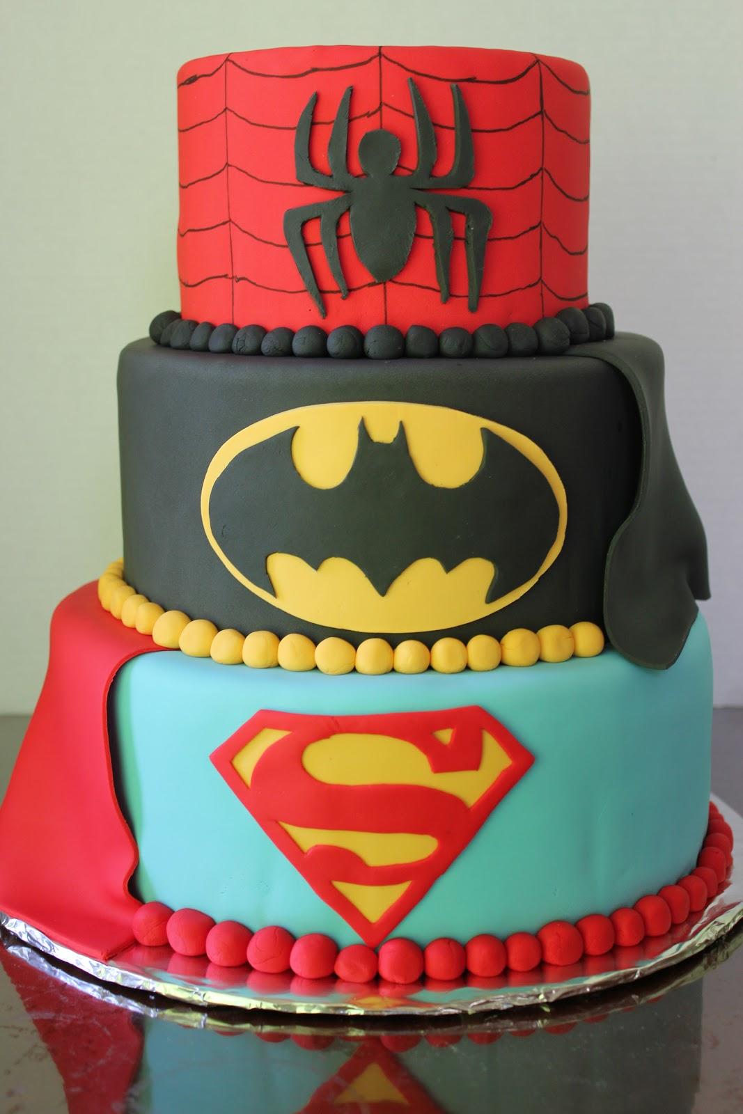 21 Superhero Cake Designs That Will Destroy Any Villain ...  |Superhero Cakes