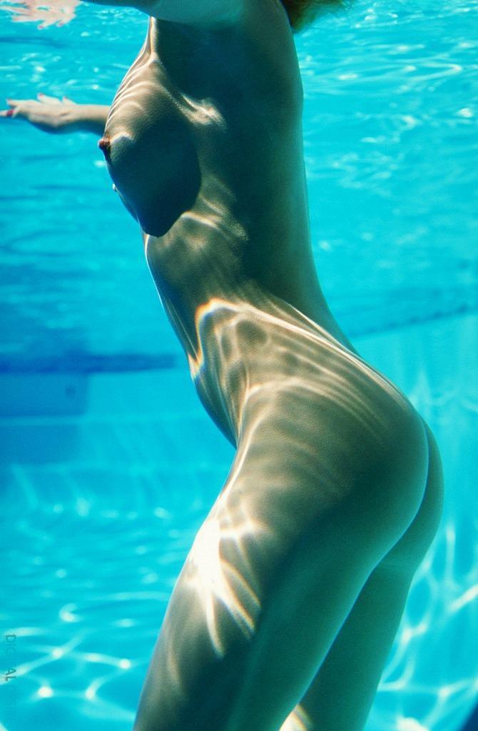 Underwater naked