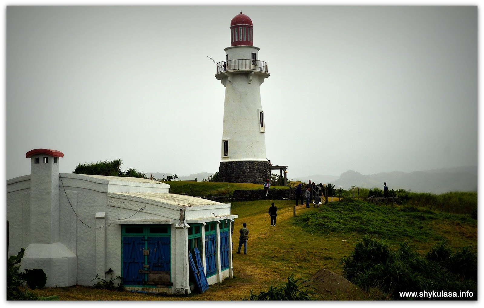 Bunker's Cafe and Basco Lighthouse at Naidi Hills