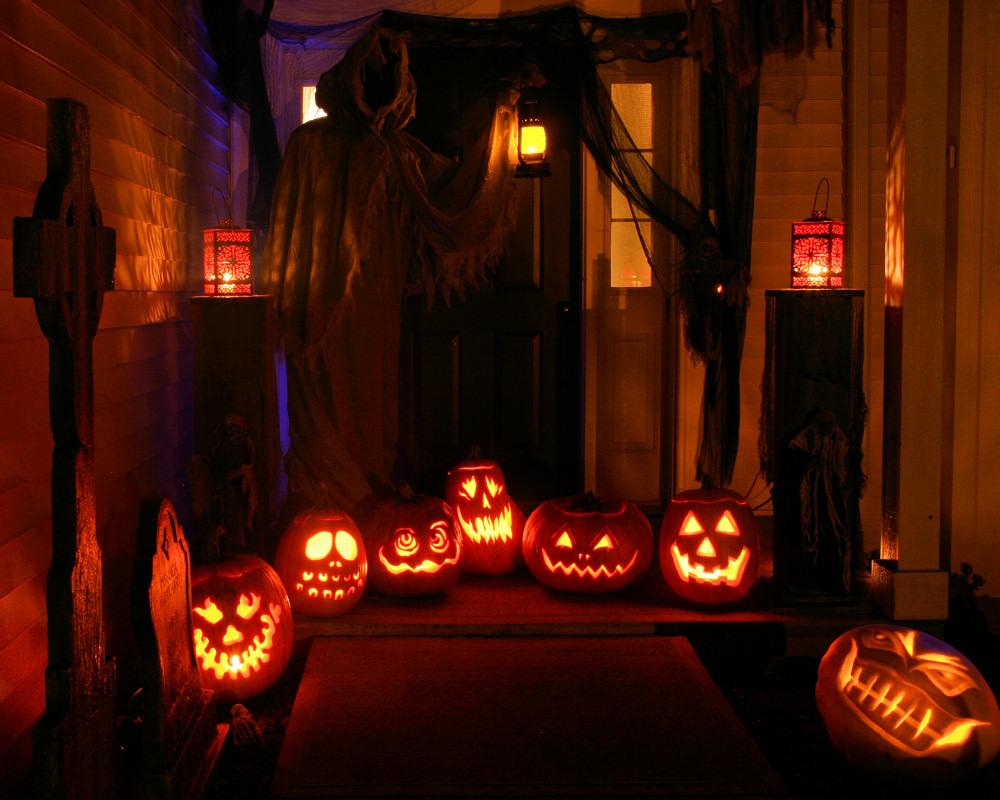 Haunted eve 39 s halloween blog 2011 yard haunt pics for Haunted backyard ideas