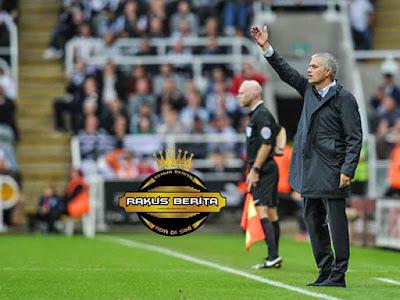Mourinho Gagal Bawa United Menang Dikandang Newcastle