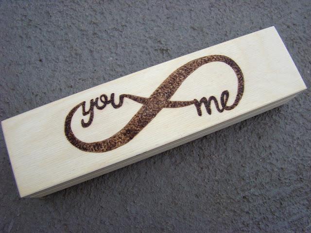 piórnik you&me drewniany