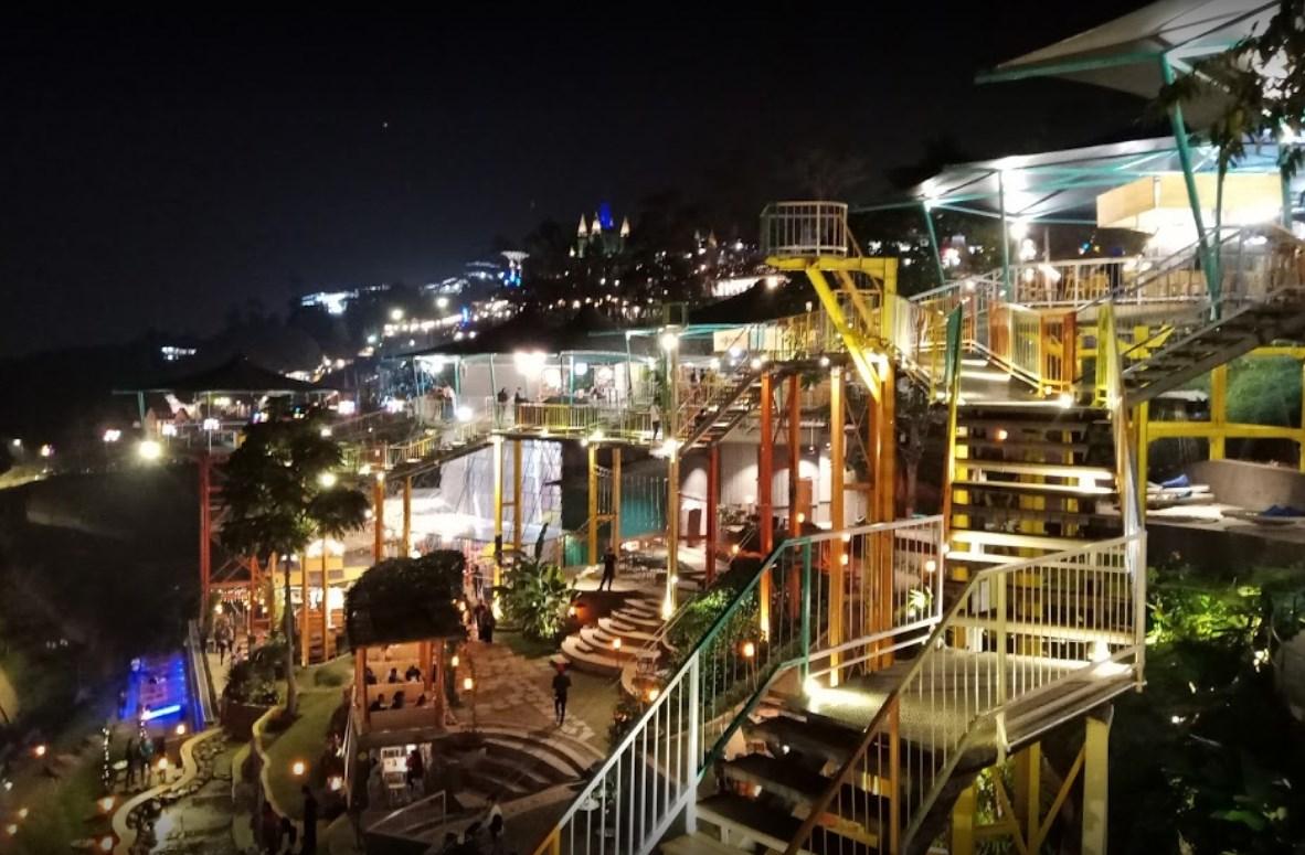 Tempat Wisata Punclut Bandung Puncak Ciumbuleuit  Wisata Tempatku