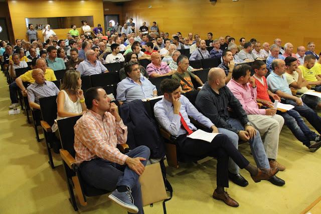 Asamblea del Barakaldo en julio de 2016