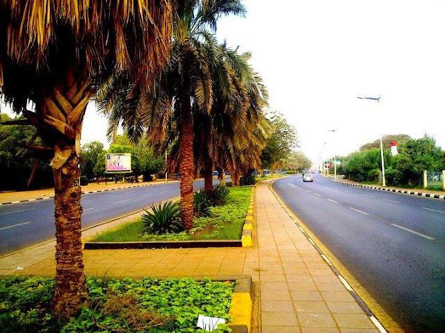 صور من السودان - احد شوارع الخرطوم