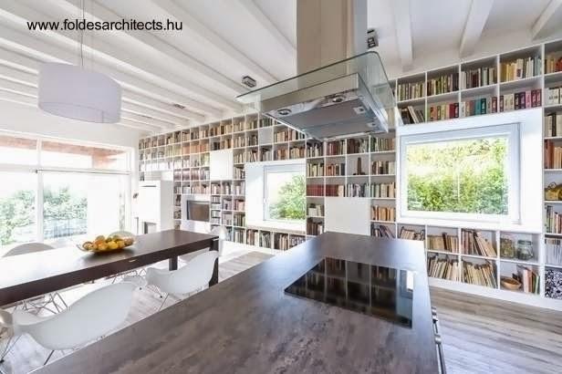Cocina en una isla en el open plan de la casa