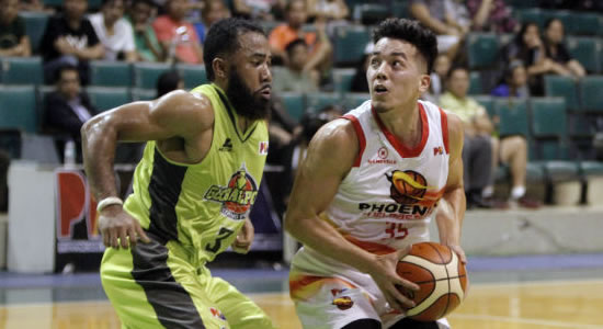Video Playlist: NorthPort Batang Pier vs Phoenix Fuelmasters game replay 2018 PBA Governors' Cup