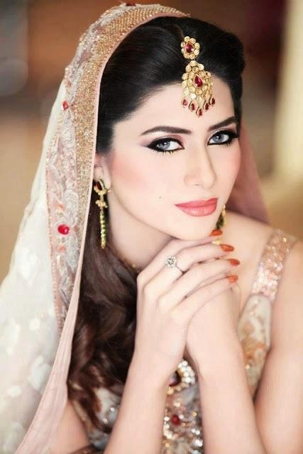 Bridal Makeup 2018 : Pakistani Wedding Brides Makeover Ideas 2016-2017 Bridal ...