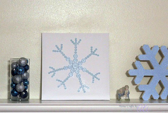 easily made snowflake on stretched canvas