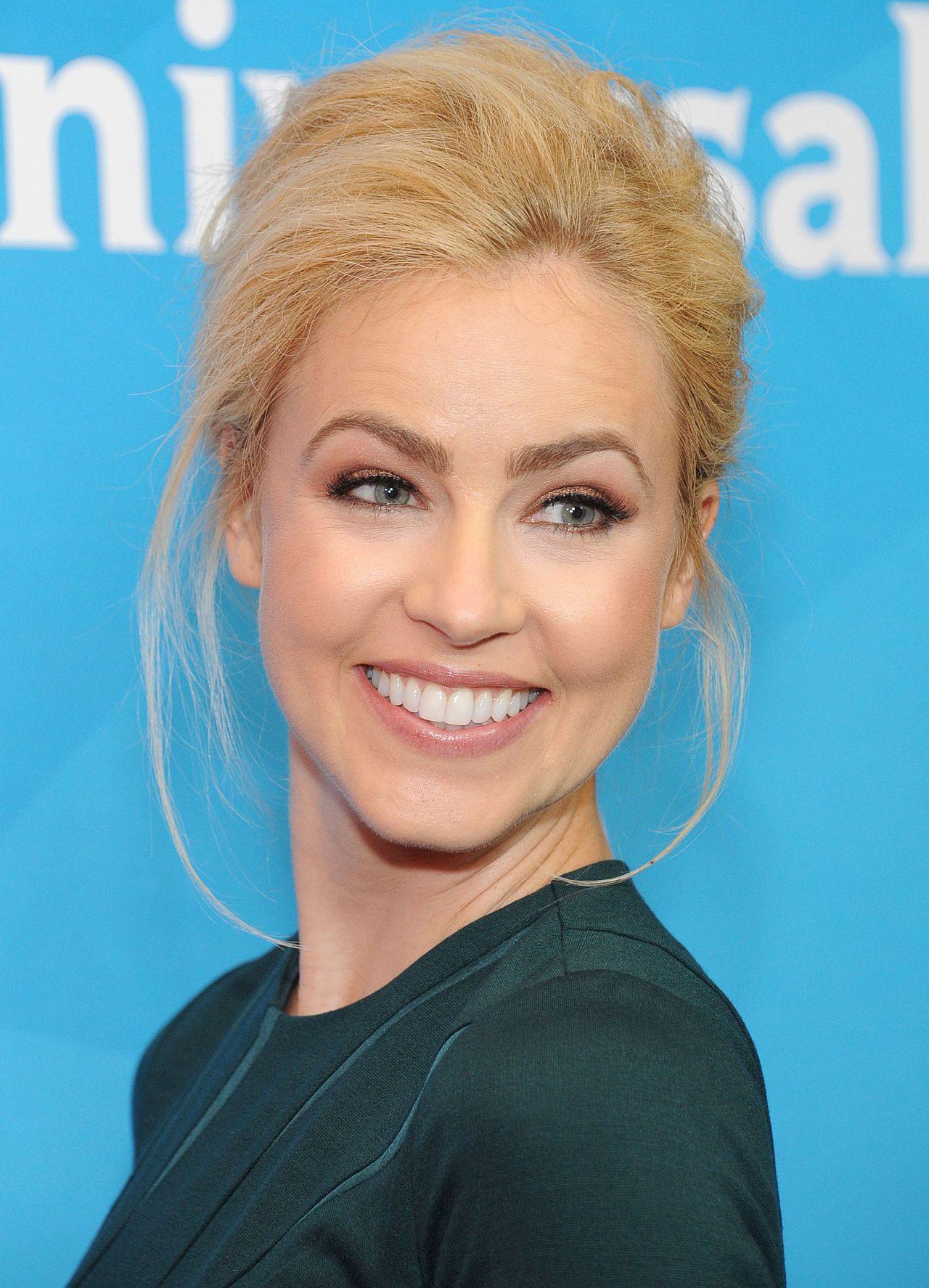 Amanda Schull summary   Film Actresses Abbie Cornish Height