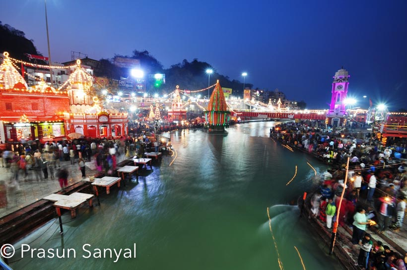 Haridwar as the name suggests is Hari ka Dwar i.e. Door or Way to Hari i.e. God or Gateway to God.      It is a major pilgrimage in North India.  It also leads the way for other important spiritual destinations namely, Rishikesh, Badrinath, Kedarnath, Yamunotri and Gangotri.    Haridwar is considered one of the holiest cities in India.  It is blessed of having numerous temples, spiritual ashrams and hosting different Melas major of them are the Kumbh Mela and Ardh Kumb Mela.   Here the River Ganges is the coolest and purest.  The place also is a major source of ayurvedic medicines.  The pleasant landscape of Haridwar is eye soothing.  People of all caste and creed make a point to visit Haridwar at least once.
