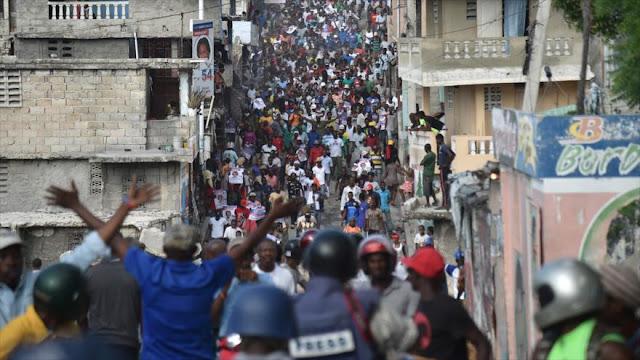 Policía haitiana reprime con violencia protestas postelectorales