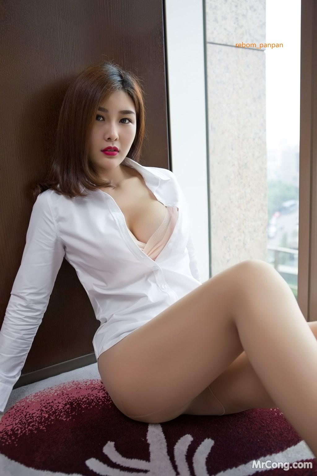 Image Yan-Pan-Pan-Part-4-MrCong.com-010 in post Người đẹp Yan Pan Pan (闫盼盼) hờ hững khoe vòng một trên giường ngủ (40 ảnh)