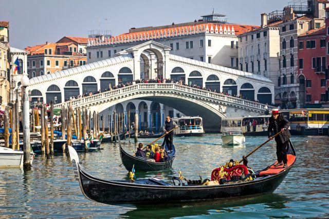 ponte-di-rialto-venezia-poracci-in-viaggio
