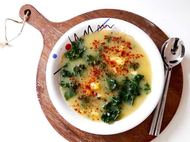 Caldo verde - portugalska kartoflanka z jarmużem - Czytaj więcej »