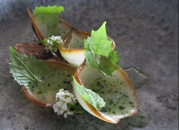 thumb licheni creveti pe gheata si morcovi deshidratati vezi cum arata farfuriile la cel mai bun restaunat din 12 Noma, Copenhaga... Cel mai tare restaurant din lume si n 2012   poze