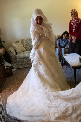 Real Life Weddings 16 White Wedding Dress  Hijab