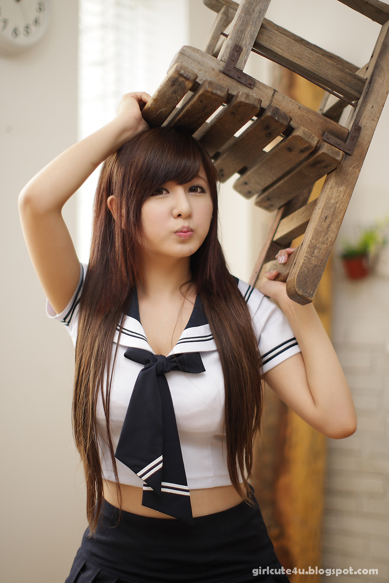 Very Cute Asian Girl: Back To School With Ryu Ji-Hye