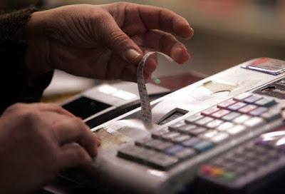 Αποτέλεσμα εικόνας για Ποια προϊόντα και υπηρεσίες επέστρεψαν από 1η Ιουλίου στον μειωμένο συντελεστή ΦΠΑ 13%