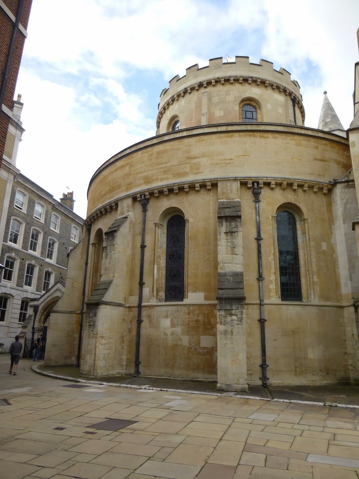 english architecture during medieval times Medieval architecture  during the early middle ages, everything was built with the idea of protection in mind do you remember the practice of manorialism a lord .