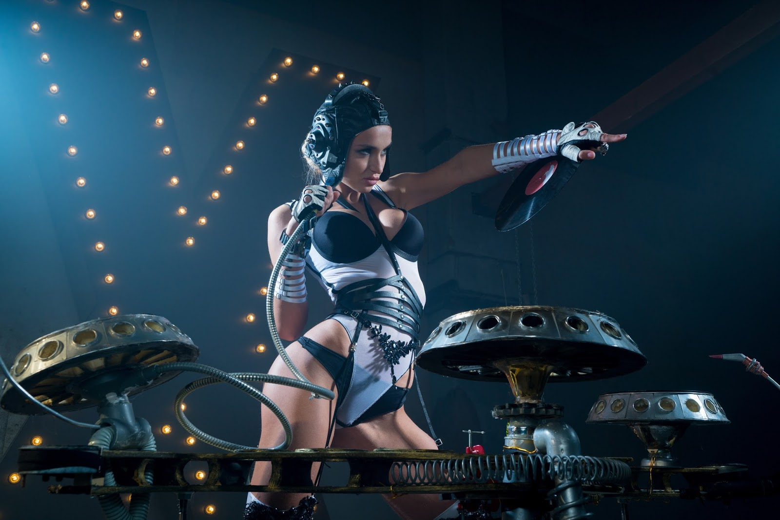 New woman sex dj female singer gogo hip hop jazz dance costume suit