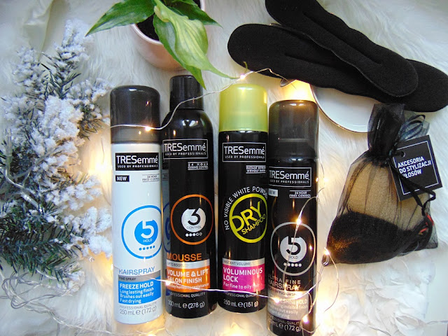 Lakier Freeze Hold, Ultimate Shine Hold, pianka Volume & Lift i suchy szampon - TRESemme