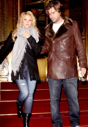 Foto de Shakira caminando junto a su ex pareja