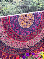 http://www.romwe.com/Hot-Pink-Vintage-Print-Circular-Chiffon-Shawl-p-179103-cat-693.html?utm_source=beautybygaby.blogspot.com&utm_medium=blogger&url_from=beautybygaby