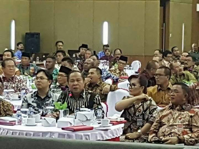 Lomban Ikuti Pembekalan Kepemimpinan Pemerintah Daerah